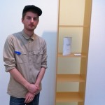 Nick Ross and his Billy (IKEA) shelf, presented in an amber looking material (bärnsten look-a-like)
