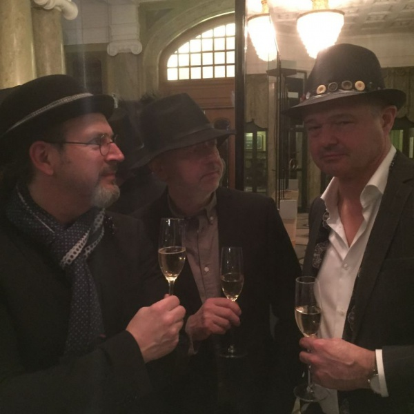 All guest made their own hats: Johan Lindau, Lars Bülow, Peter jiseborn