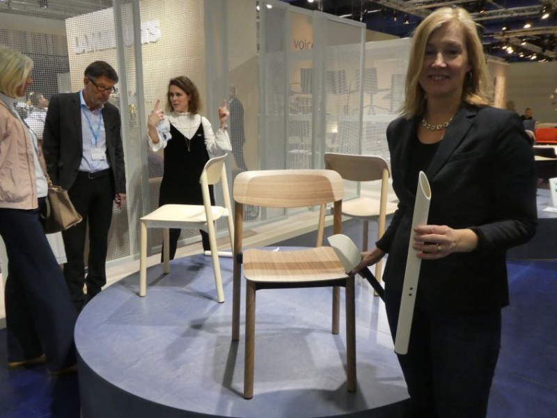 Ulrika Ståhl Johansson, Lammhults shows the clever puzzle chair developed by