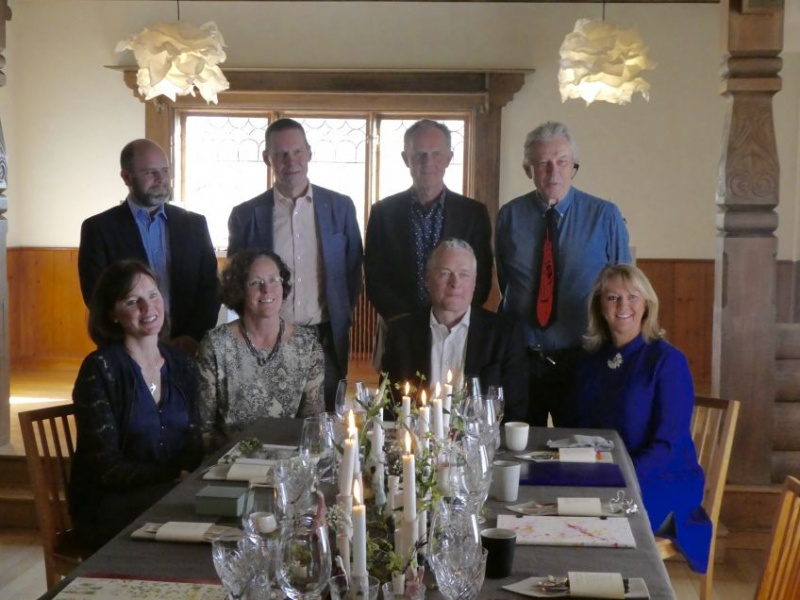 The lucky ones: eight invited guests to taste the menu: Thorbjörn Carlsson, Siljan News, Pär Ohlsson, director of culture Leksand, Carl Johan Ingeström director Visit Sweden, Johan Thorén Jo To Arrangements, Åsa Pellas, Dalaliv, Anki Gullback our hostess, Bo Liljegren, CEO Leksands Sparpank, and myself